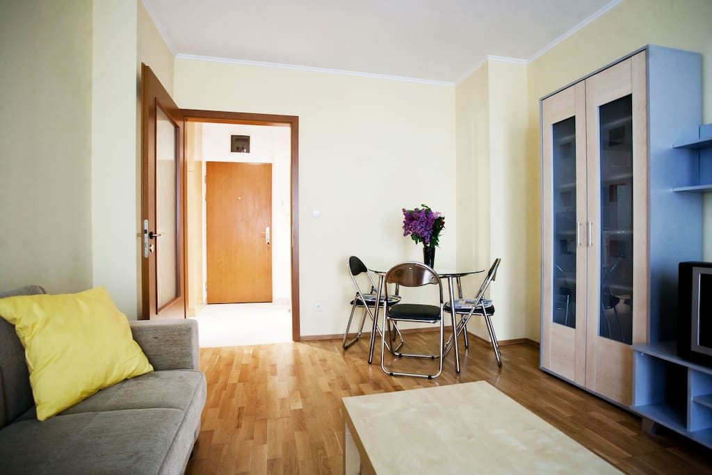 Best located-priced 2 rooms flat
