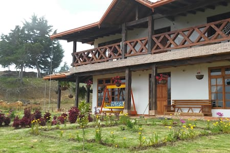 Casa Hostal Primavera - Santa Elena - Gæstehus