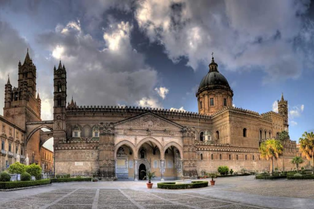 The Cathedral of Palermo (8 minutes walk distance)