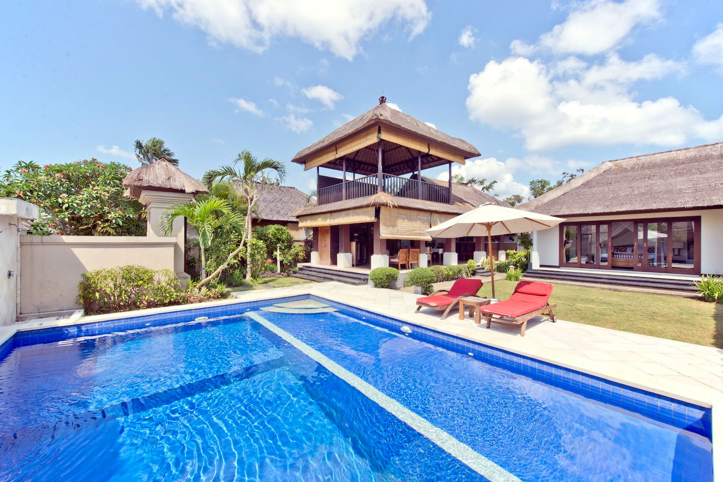 Thatched pool villa near the beach