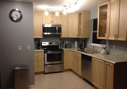 Best Location -Close to Everything  - Indian Rocks Beach - Apartment
