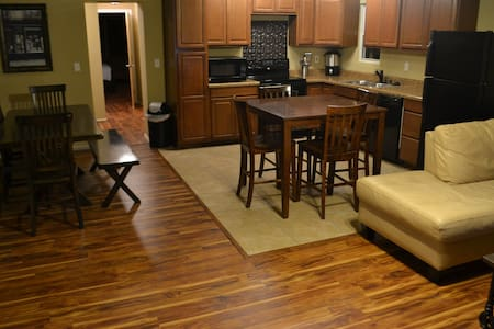 Spacious Home in Midtown off 15th! - Tulsa