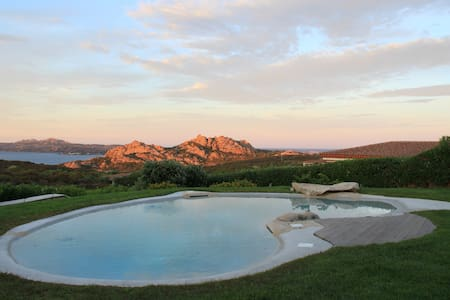 Wonderful Villa whit view Costa Smeralda - Palau - Villa
