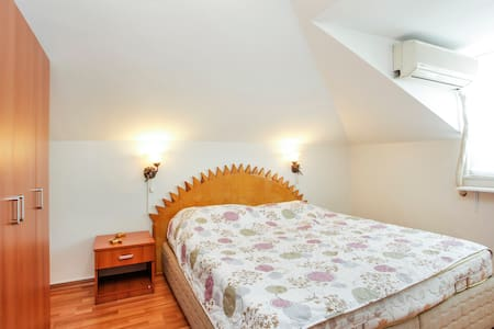 Flat with terrace in heart of city - İstanbul - Apartment