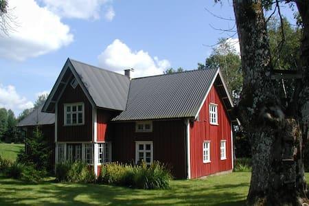 Villa Birkenlund Holzhaus von 1913 - Holsljunga - Casa