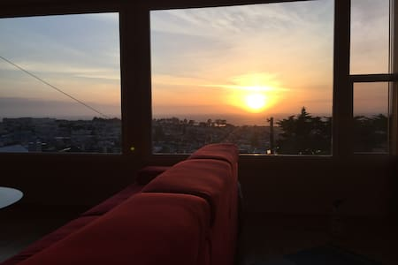 2BR/1BA, Top Apt w/view in Sunset - San Francisco - Appartement