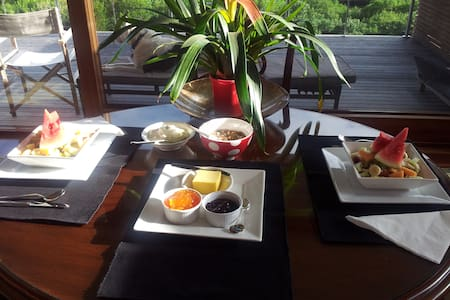 Julie's B & B -  2 Bedroom Retreat! - Cowes - Bed & Breakfast