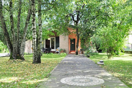 VILLA PACE a - Bed & Breakfast