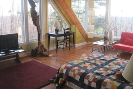 Treetop Luxury in home w/pool - Bloomfield - Ház