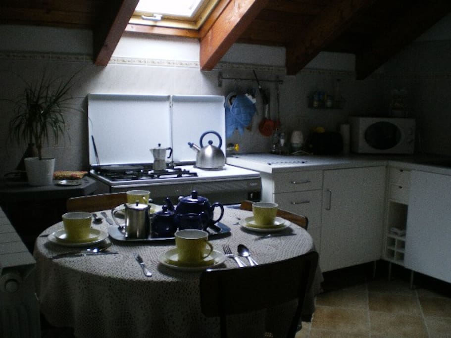 A good kitchen/diner to prepare your own meals too!