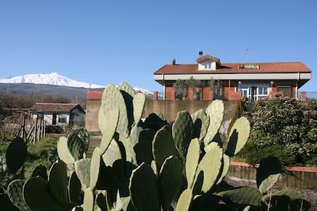 Little House - mount Etna - Sicily - House