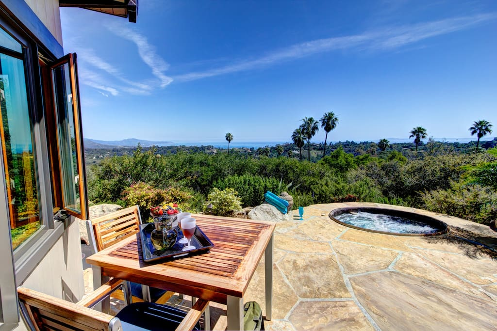 Awesome ocean, coastal, island views from your own lounging, cottage & dining deck.