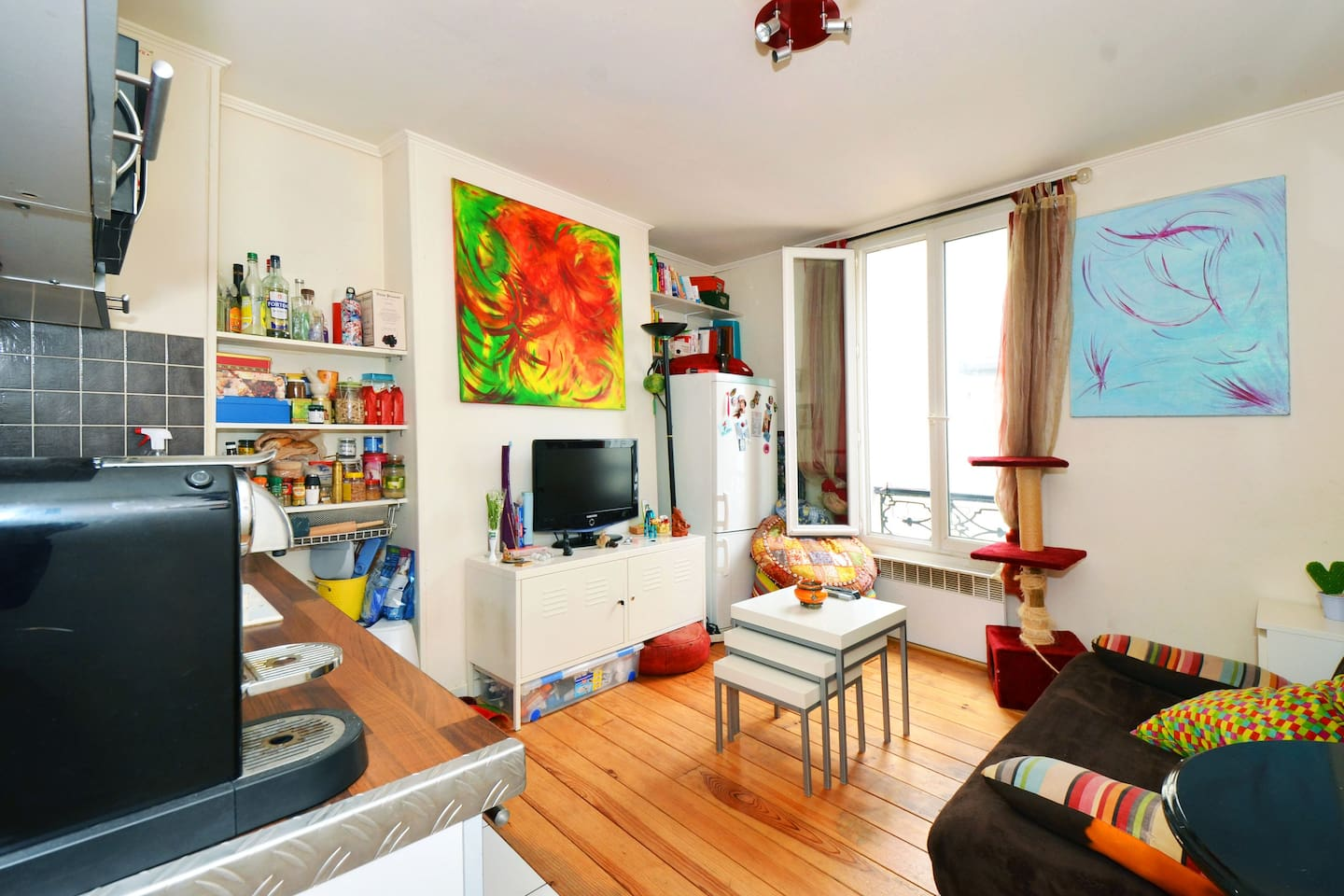Atypical apartment MONTMARTRE