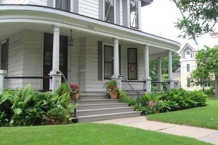 Copeland House - Hus
