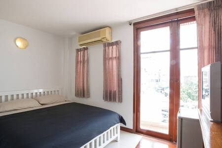 TongmeeHouse QueenBed CityCentre freeWifi - Wohnung