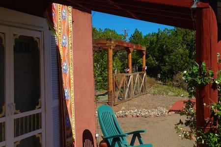 Artista Del Sol Casita at Sunny Mellow Villa - Chalet