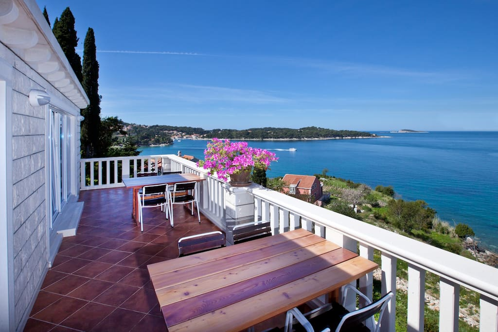 Luxurious 2-story Cavtat Penthouse