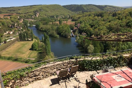Charming House, amazing views - st-cirq-lapopie