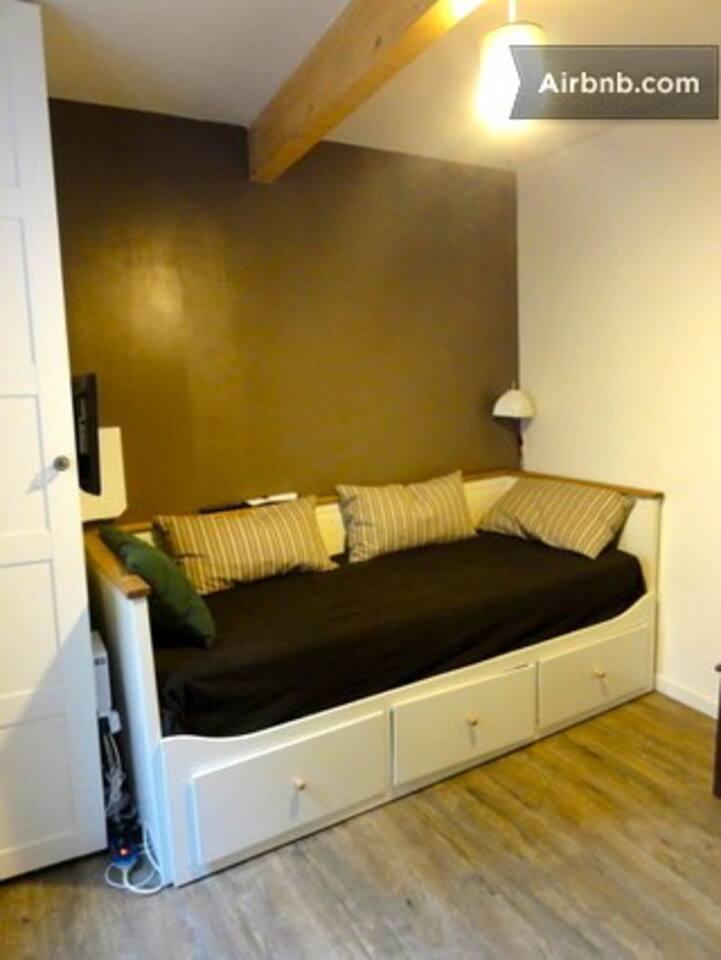 lit-bateau , couchage 160, un vrai lit super confortable- very comfortable160 large bed