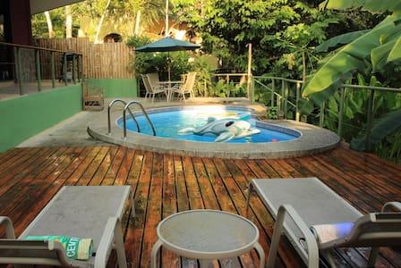 Manuel Antonio's Perfect RentalHome - Quepos - House