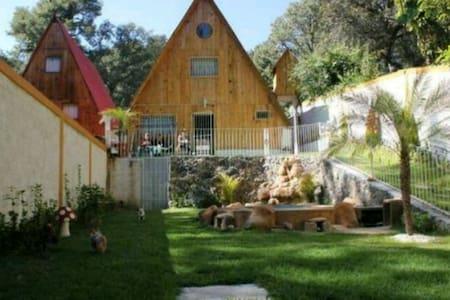 Chalet casa Cuernavaca boscoso - Chalet
