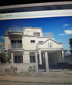 House for rent in Gardenville Tangub Bacolod City - Dom