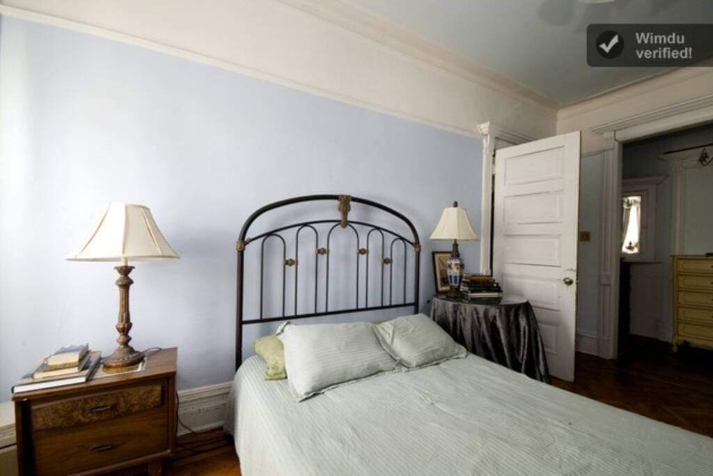 Blue Room for 2 +\ bonuses $1350 mo