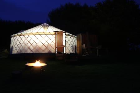 Russet Yurt at Walnut Farm - Bridport