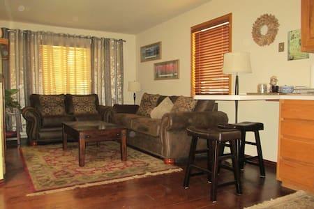 Quiet 1 BDRM Condo in Ouray - Ouray - Apartment
