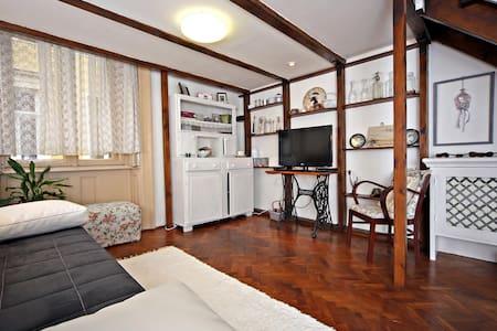 Agria Vintage Apartman - Eger - Apartamento