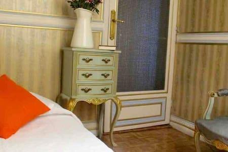 vintage room 可愛い部屋