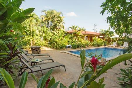 Conchal Hotel in Brasilito - Szoba reggelivel