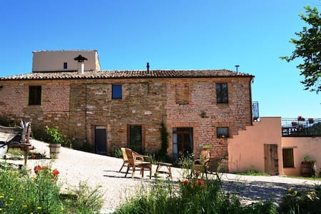 Agriturismo Carincone Italy - Bed & Breakfast