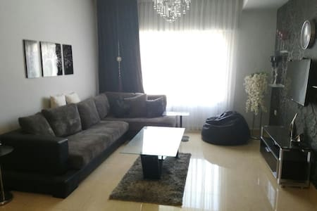 Deluxe Apartment In Abdoun - Amman - Apartment