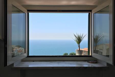 Panoramico appartamento vietri home - Apartment