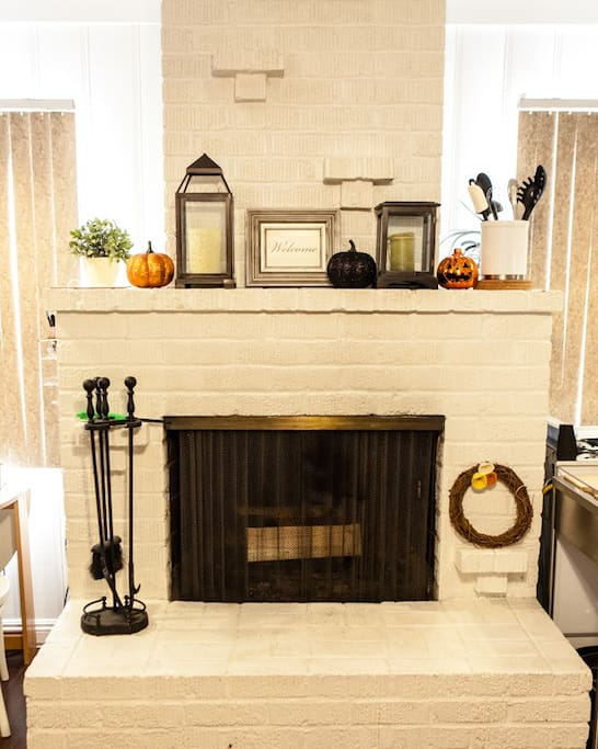 Updated Oct 2014: Our cozy studio has a working fireplace, which you are welcome to use.