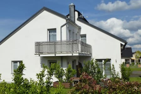 TOP vacation home in Limburg, 1-4 P - Daire