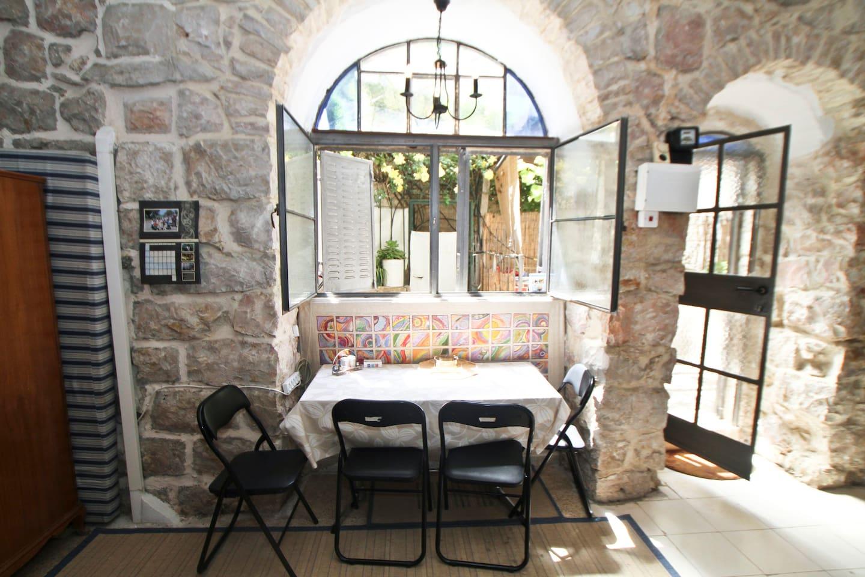 Authentic Studio Apartment