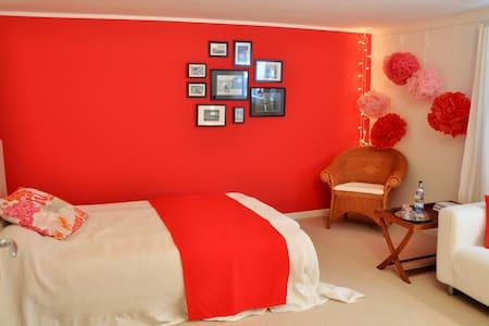 Independent Guest-Room, Bath +Sauna