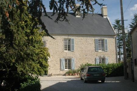 Entre Isigny et Grandcamp   - Osmanville