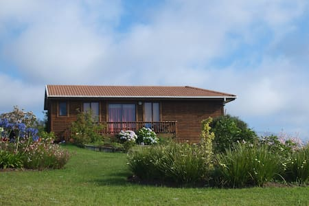 Quaint cottage with sea views - Wilderness - Bungalow