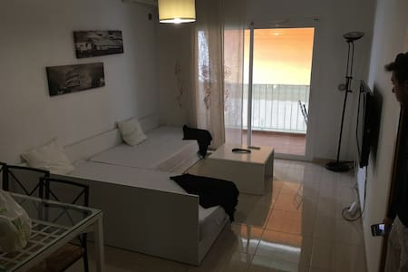 Habitación Privada en Ibiza (Figueretas) - Ibiza
