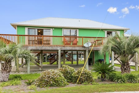 Vibrant Gulf Shores Cottage - House