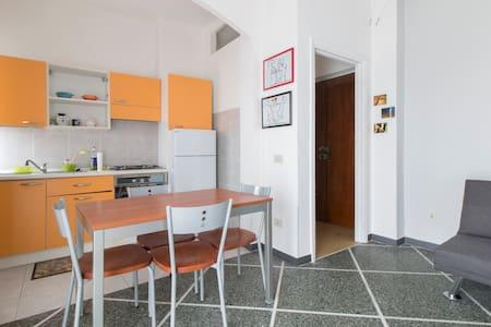 Accogliente bilocale - Lägenhet
