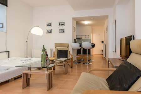 Modern apartment Miami in Munich