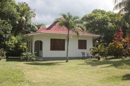 Tropical Residence - Bungalow