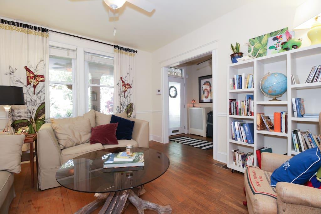 A Fabulous Little Cozy Room