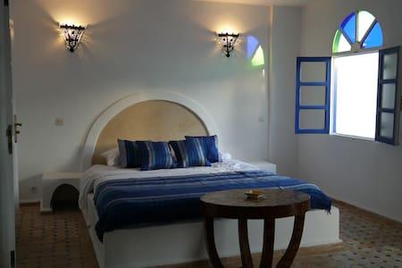 Chambre n°7 au Riad AL JAMIL - Bed & Breakfast