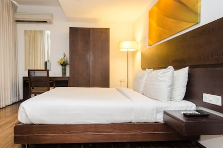 Springs Bed and Breakfast - Bangalore