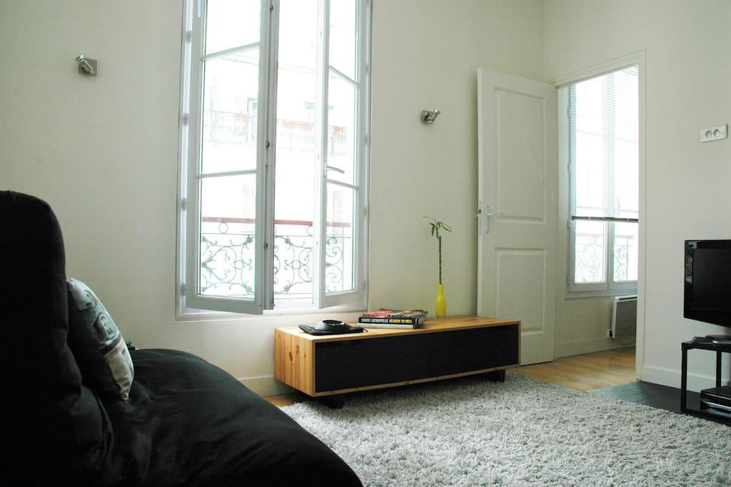Nice Parisian Flat @ Nice Street